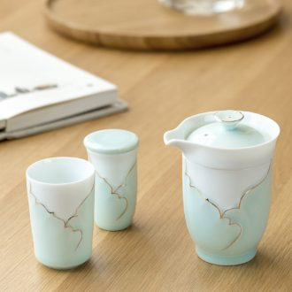Ceramic travel kung fu tea set is suing celadon crack of portable with a second pot cup gift boxes