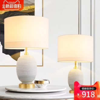 Jingdezhen ceramic table lamp in the new contemporary and contracted sitting room bedroom berth lamp full copper lamp American sweet romance