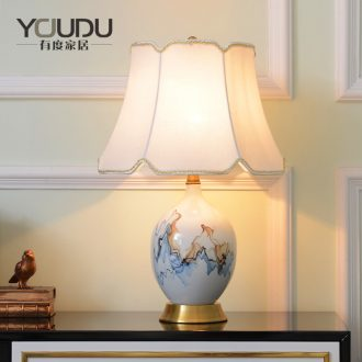 New Chinese style ceramic desk lamp sitting room bedroom berth lamp American contracted study adornment retro sweet full copper lamp