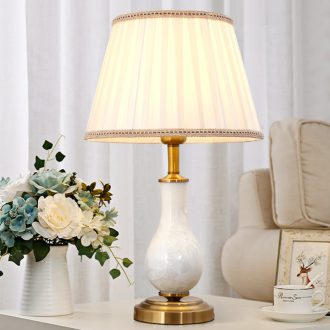 Contracted ceramic table lamps and lanterns of bedroom the head of a bed American romantic and warm light much creative study adornment marriage room living room