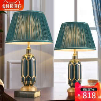 New jingdezhen ceramic desk lamp warm bedroom berth lamp light luxury american-style Nordic new Chinese style restoring ancient ways is the living room lights