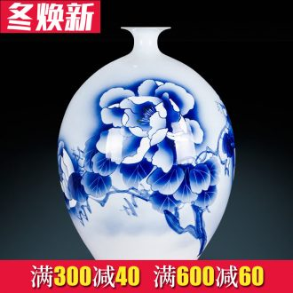 Jingdezhen ceramics, vases, flower arranging antique blue - and - white masters hand gourd home sitting room adornment is placed