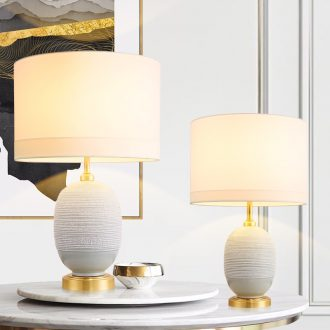 Jingdezhen ceramic table lamp in the new I and contracted sitting room bedroom berth lamp full copper lamp American sweet got connected