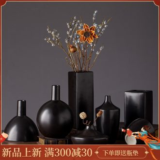 2019 new ceramic vases, I and contracted black zen hotel sitting room adornment is placed flower vase