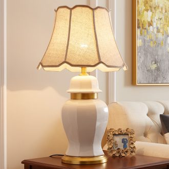American desk lamp sitting room atmosphere contracted and I jingdezhen ceramic classic villa model between the copper decoration lamp