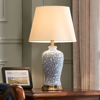 American blue blue and white porcelain ceramic desk lamp creative hand - made the sitting room is contracted and I bedroom berth lamp example room