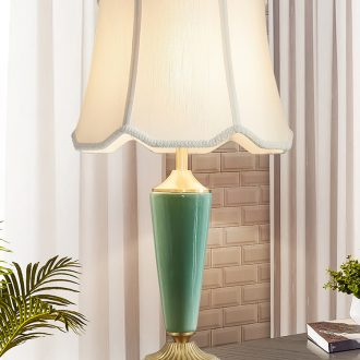 Doren American desk lamp I and contracted Nordic light much originality of bedroom the head of a bed full of copper ceramic desk lamp sitting room study