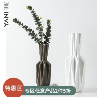 Nordic home TV ark, creative ceramic vase furnishing articles, the sitting room porch simulation flower flower flower vase decoration