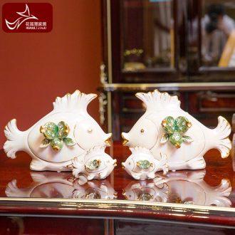 European creative ceramic a four advantage of luxury furnishing articles fish living room decoration wine TV ark study couples ornament