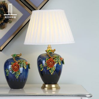European-style luxury colored enamel lamp American creative living room new Chinese style of bedroom the head of a bed full of copper ceramic lamp act the role ofing villa