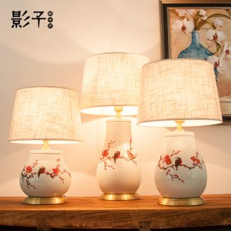 All copper ceramic desk lamp modern new Chinese style simple hand - made flowers and birds sitting room in the hotel bedroom berth lamp 1033 study