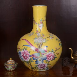 Jingdezhen ceramics high-end antique yellow roses sitting room place powder enamel vase home decoration process
