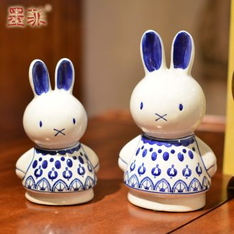 Murphy's new Chinese blue and white porcelain decorative furnishing articles rabbit girlfriends wedding gift wedding decoration creative arts and crafts