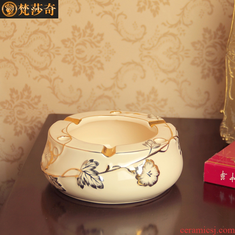 Vatican Sally 's creative move ceramic European custom gift ashtray with cover large ash tray was sitting room office