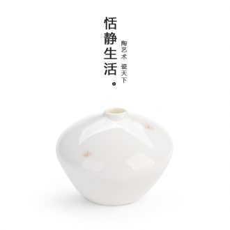 Quiet life high white porcelain flower implement Japanese furnishing articles furnishing articles ceramic tea accessories flowers in Chinese