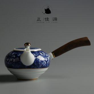 Is good source side of blue and white porcelain pot of ceramic wooden handle teapot kung fu tea tea, domestic large CiHu