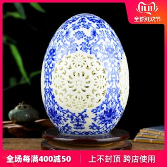 Jingdezhen ceramics and exquisite porcelain enamel hollow out of the blue and white porcelain vase Chinese style living room home furnishing articles
