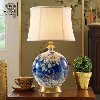 Santa marta tino lotus ceramic lamp