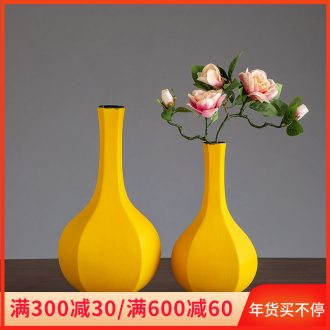 Northern wind ceramic vase home sitting room adornment dry flower vase decoration table, TV ark, creative furnishing articles