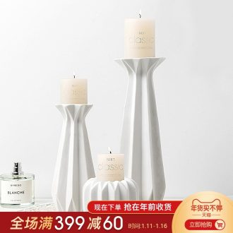 The Nordic idea contracted white ceramic candlestick of sweet American furnishing articles home wine restaurant table decorations