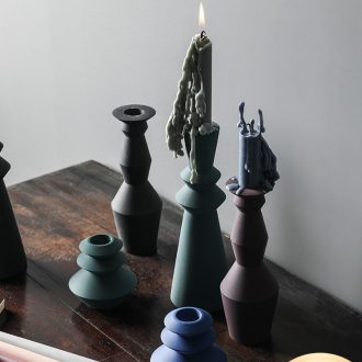 The Nordic idea morandi ceramic candlestick candles suit household contracted romantic candlelight dinner table furnishing articles