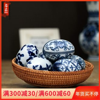 Jingdezhen blue and white porcelain hand - made water can float ball between example ceramic decoration household act the role ofing is tasted furnishing articles