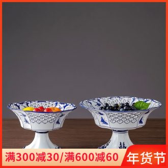 Jingdezhen ceramic fruit bowl best hollow out home sitting room tea table of blue and white porcelain decoration dessert snacks, cakes