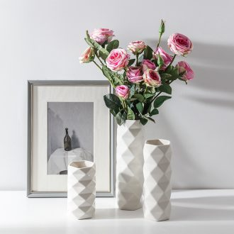 The Nordic straight small pure and fresh and contracted ceramic vase diamond geometric sitting room bedroom home furnishing articles arranging flowers