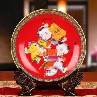 Jingdezhen ceramics powder enamel red lad sit hang dish plate faceplate Chinese style classical decoration home furnishing articles