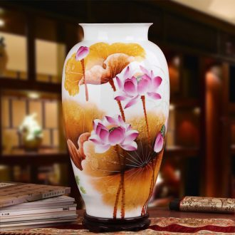 Famous works of hu, jingdezhen ceramics vase upscale gift porcelain hand - made famille rose the best of Hollywood east melon bottle
