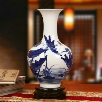 Jingdezhen chinaware lotus fish vase of blue and white porcelain carving Chinese rural archaize home furnishing articles of handicraft