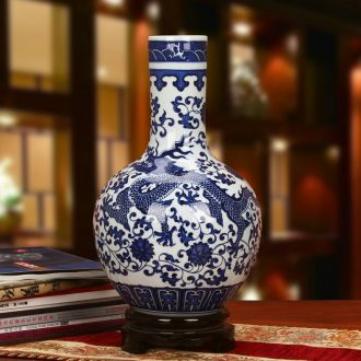 Jingdezhen blue and white porcelain classical household adornment is placed in the decorative arts and crafts ceramics auspicious dragon tree