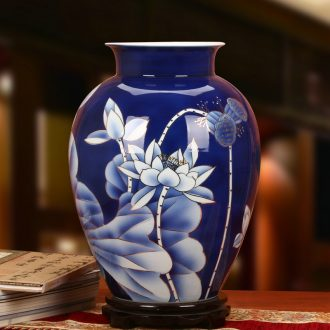 The see colour blue and white porcelain of jingdezhen ceramics high - grade hand - made blue lotus vase high - end home decoration furnishing articles