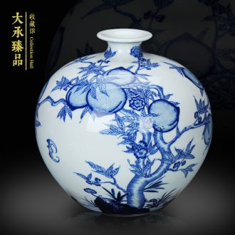 Jingdezhen blue and white peach antique hand - made ceramics vase pomegranate bottle small household decoration decoration furnishing articles