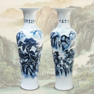 Jingdezhen blue and white Chinese ceramics antique landscape of large vases, furnishing articles at the gate of the hotel lobby companies