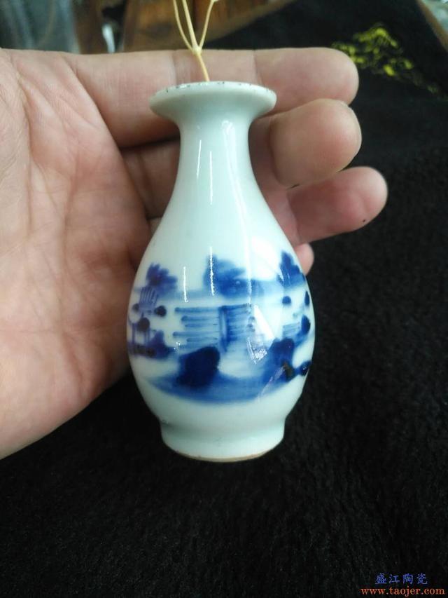 古玩都是白菜价,清时期瓷器都降到千元内,藏友:比新瓷还便宜