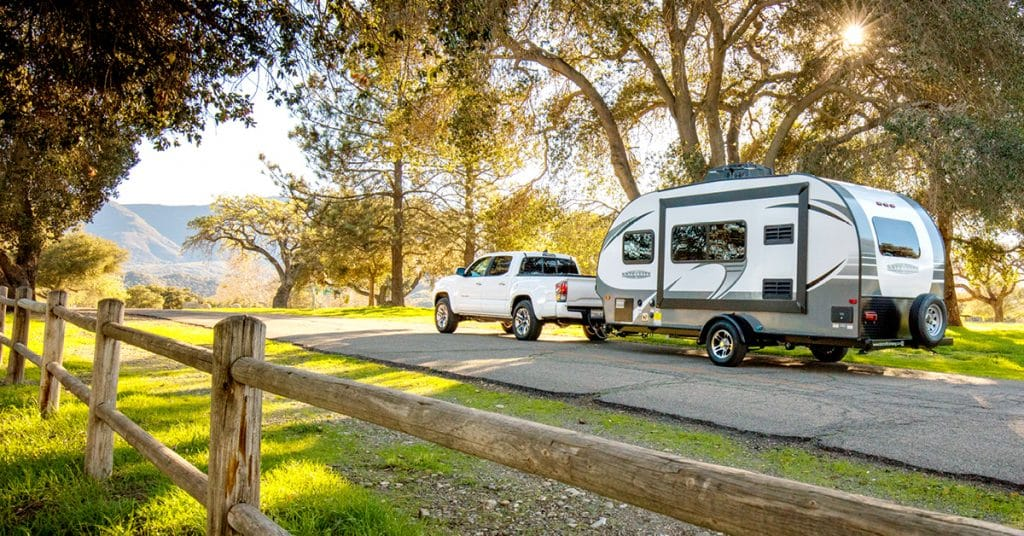 Fifth Wheel vs Travel Trailer - Driveability