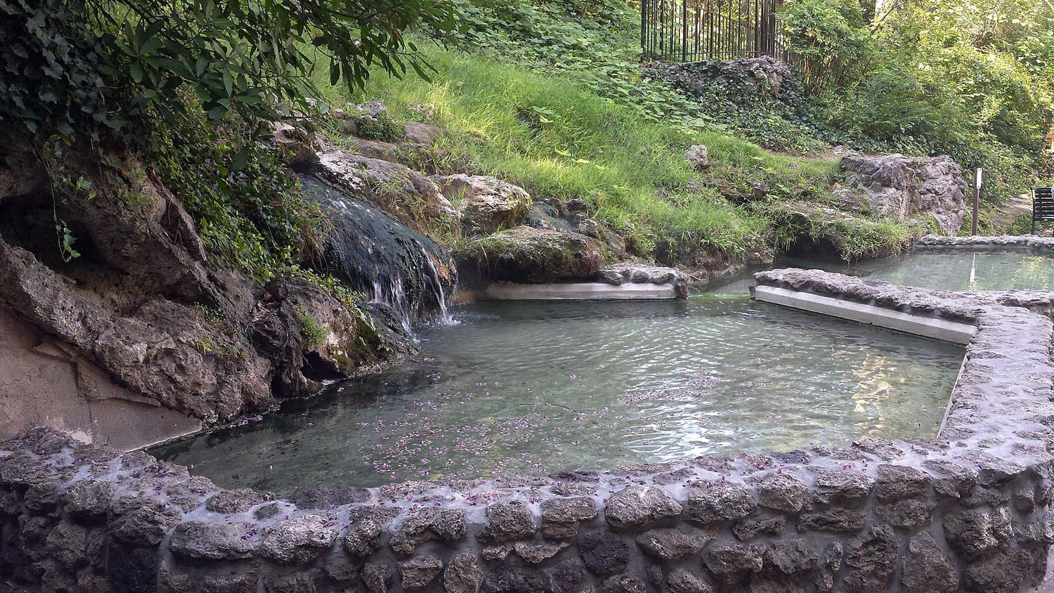 Photo Tripping America - Hot Springs - Camping World