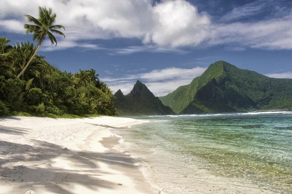 Photo Tripping America - American Samoa - Camping World