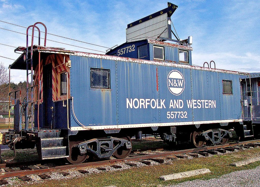 Photo Tripping America - Excursion Trains in Ohio - Camping World