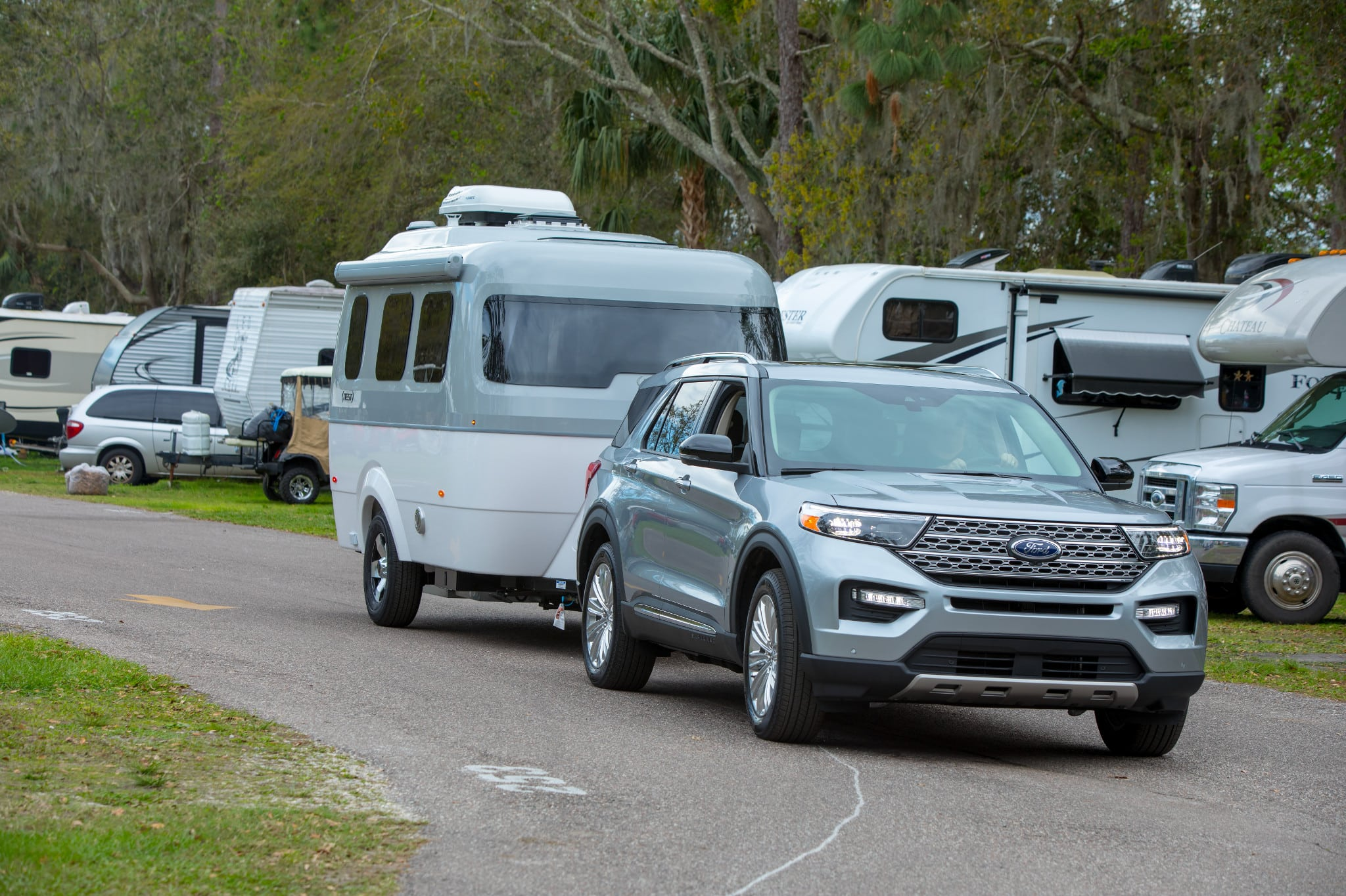 Can You Tow a Fifth-Wheel RV With a Half-Ton Pickup Truck? - Camping