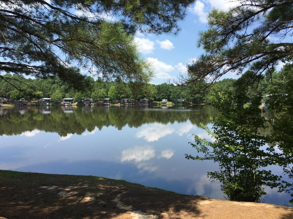 Forget about camping on just one lake…try three! Davis Lakes Campground has it all: fishing, water sports, and plenty of activities for land lovers too. Located in Suffolk, Virginia this campground in only an hour away from Virginia Beach and Colonial Williamsburg, but you might have a hard time dragging yourself away from all they have to offer onsite.