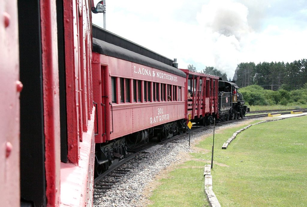 Lumberjack Steam Train Cars