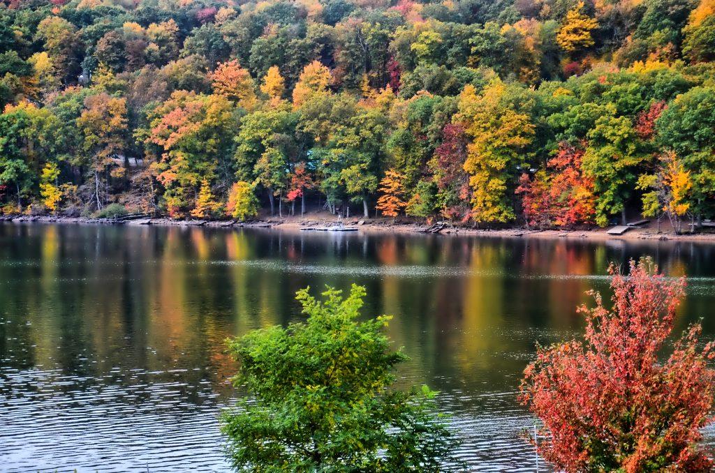 deep-creek-fall-colors
