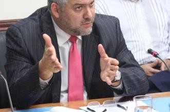 Ministro del MOPT, Carlos Segnini. Fotografía por prensa legislativa.
