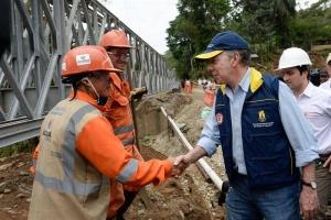 El presidente de Colombia, Juan Manuel Santos, visita zona de tragedia en Mocoa. EFE