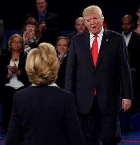 Bill Clinton tras el debate de su esposa Hillary con Donald Trump. EFE