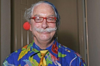 """Dr. Hunter Campbell """"Patch"""" Adams. Redes"""