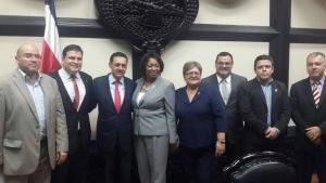 Acuerdo legislativo sobre agenda fiscal