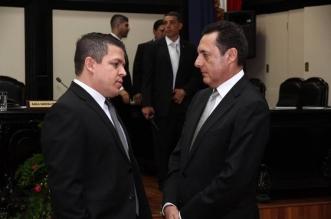Franklin Corella Vargas del PAC (izq) Anotnio Álvarez Desanti PLN (der)